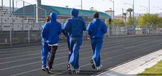 Теплая одежда для похудения миф или правда,Почему мы потеем во время занятий спортом,Как влияет теплая одежда на похудение