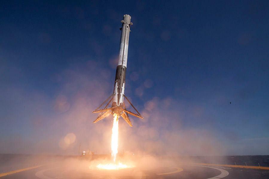 Илон Маск и спутники,Илон Маск,SpaceX запускает спутники,Интернет из космоса,Глобальная сеть