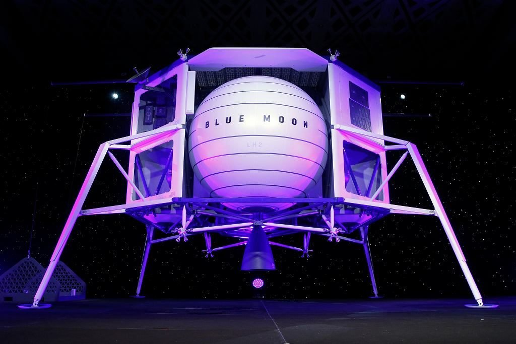 прототип модуля,Джефф Безос и Луна,вернуться на Луну,Джефф Безос