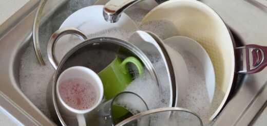 посуда в раковине
