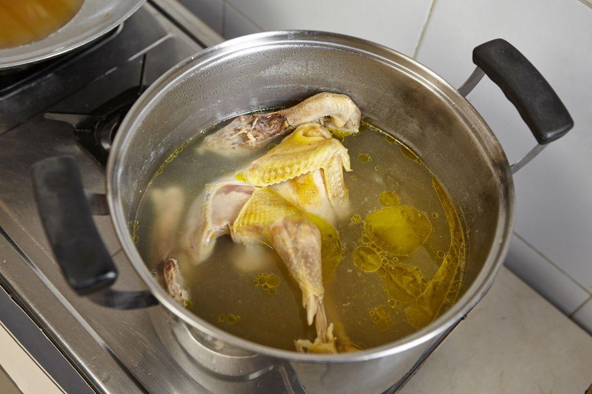 Какие правила нужно учитывать при готовке супа