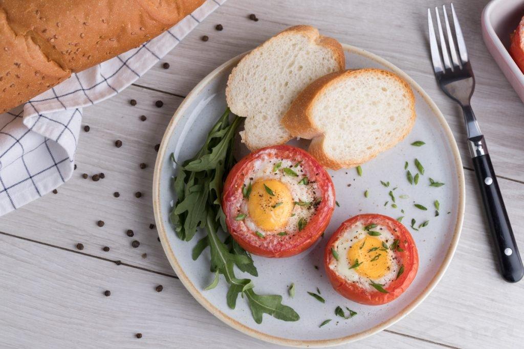 Pp Yayca V Pomidore 4