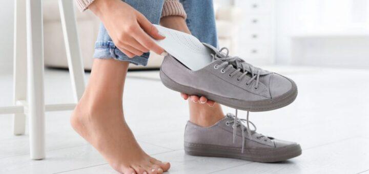 kak osvezhit obuv