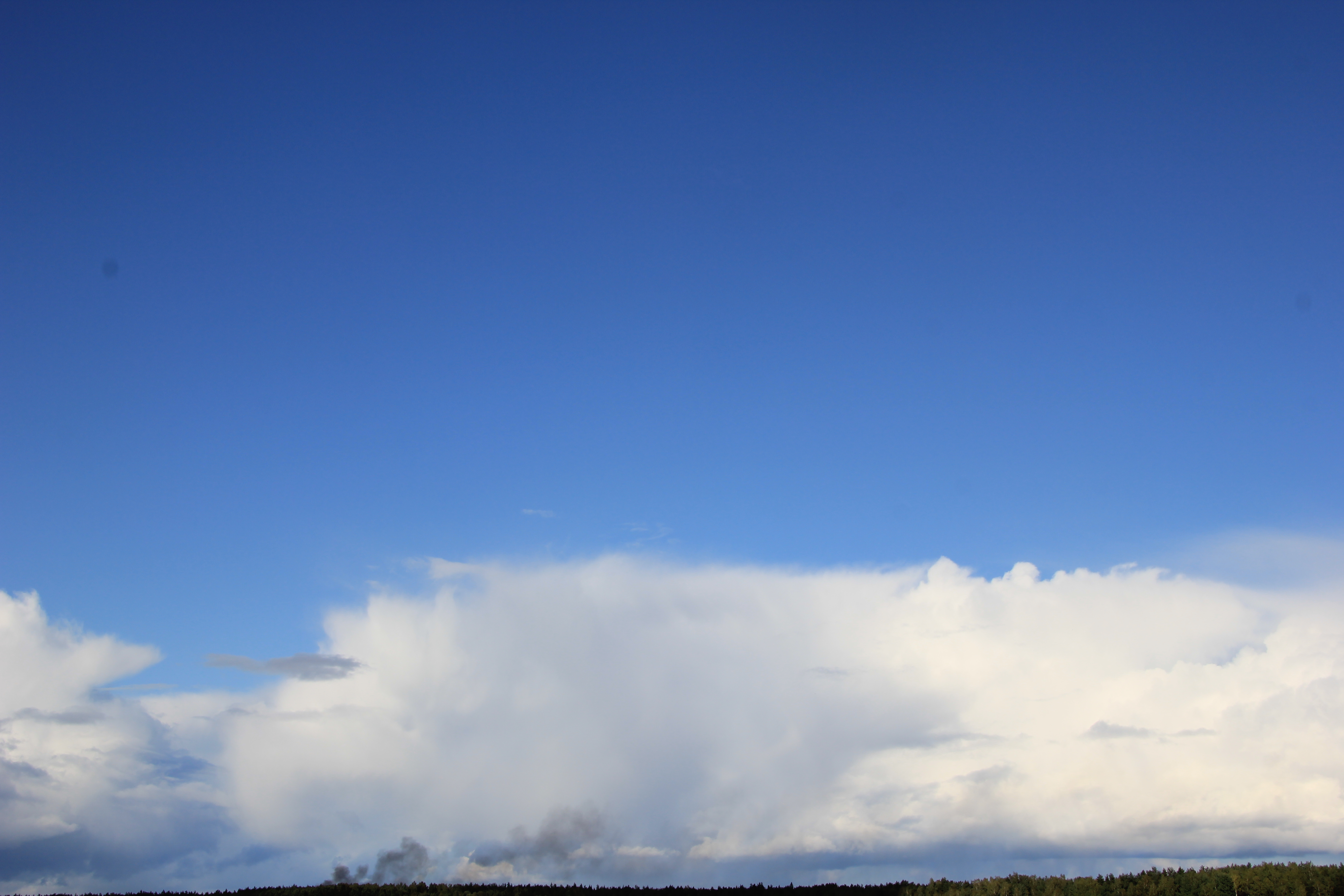 голубое дождливое небо (22)