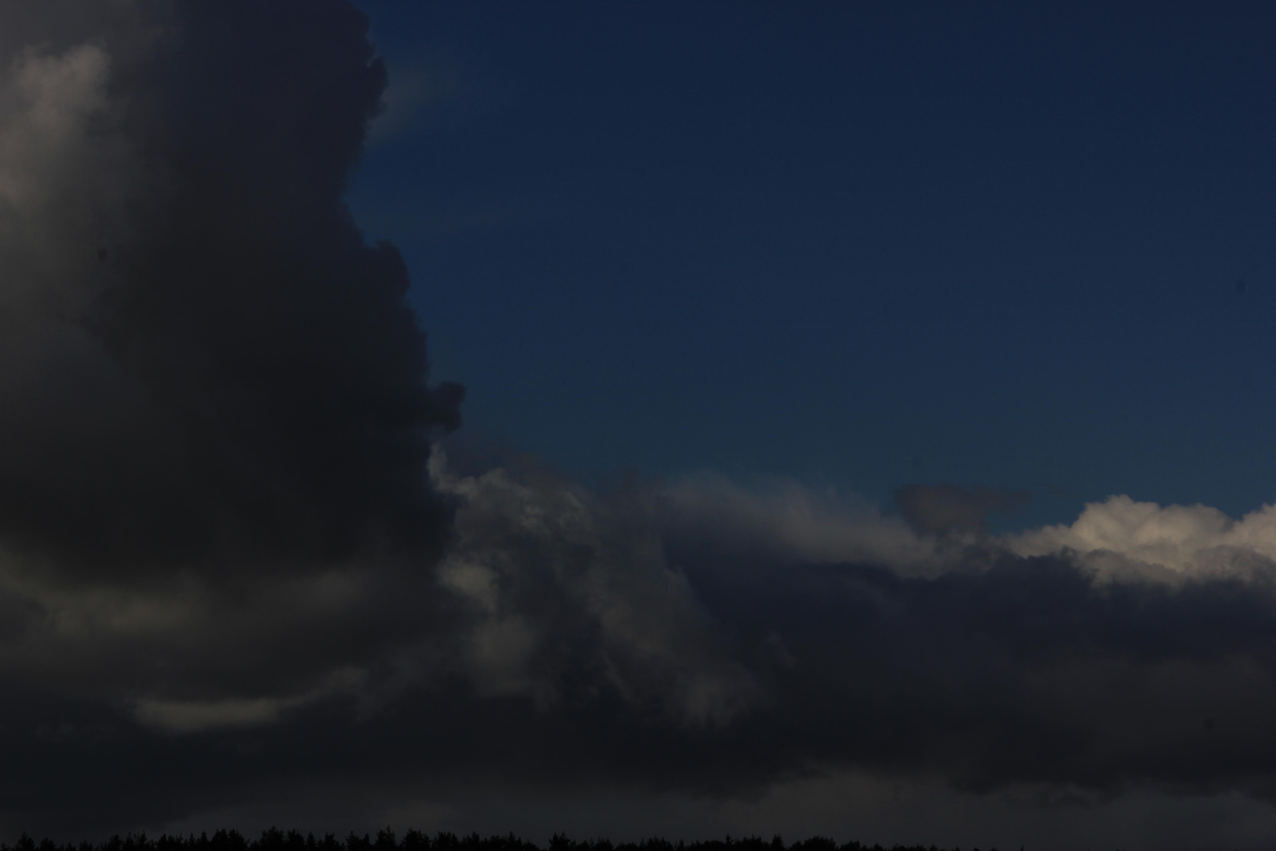 голубое дождливое небо (7)