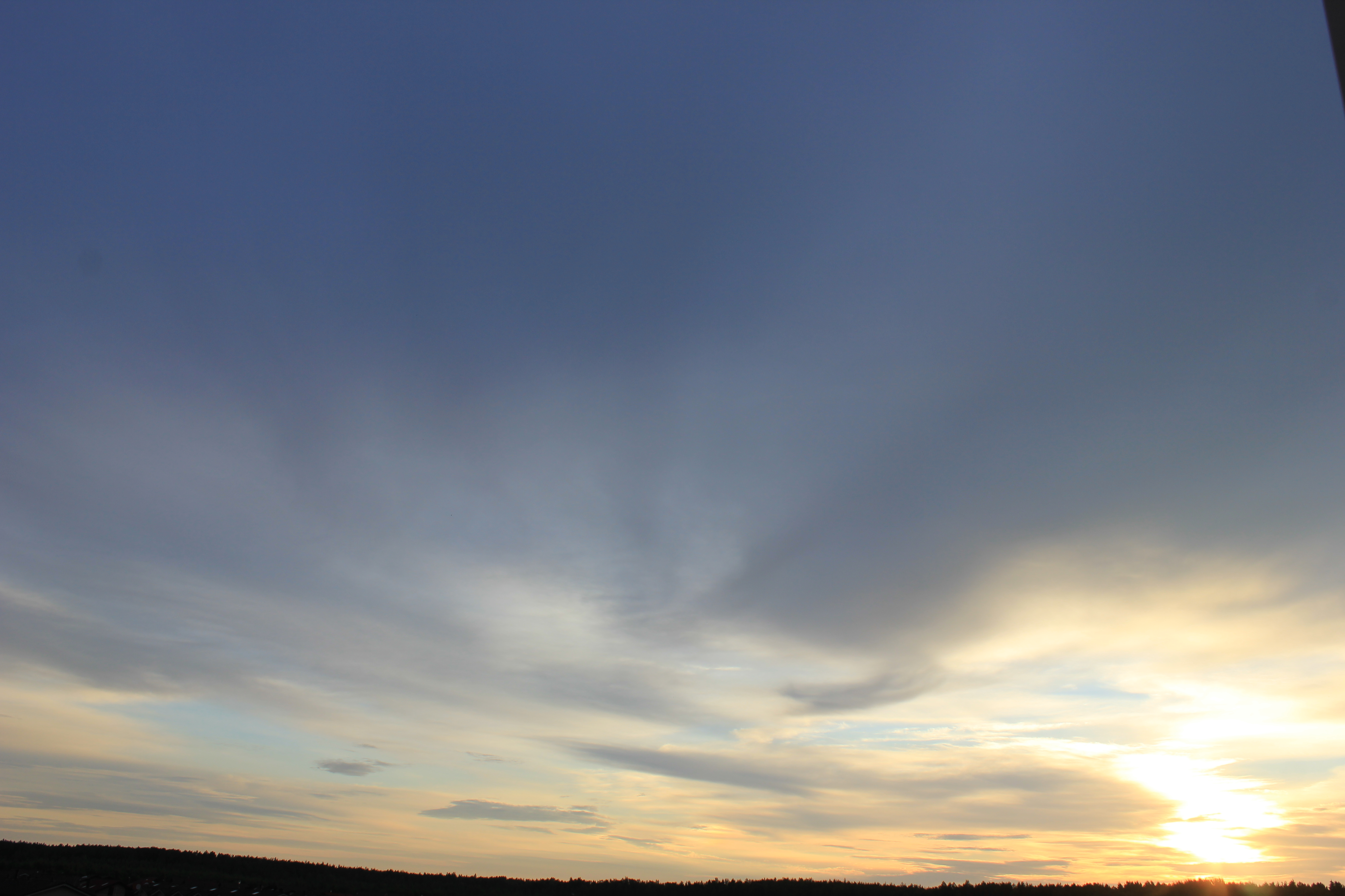 Яркое утреннее небо (12)