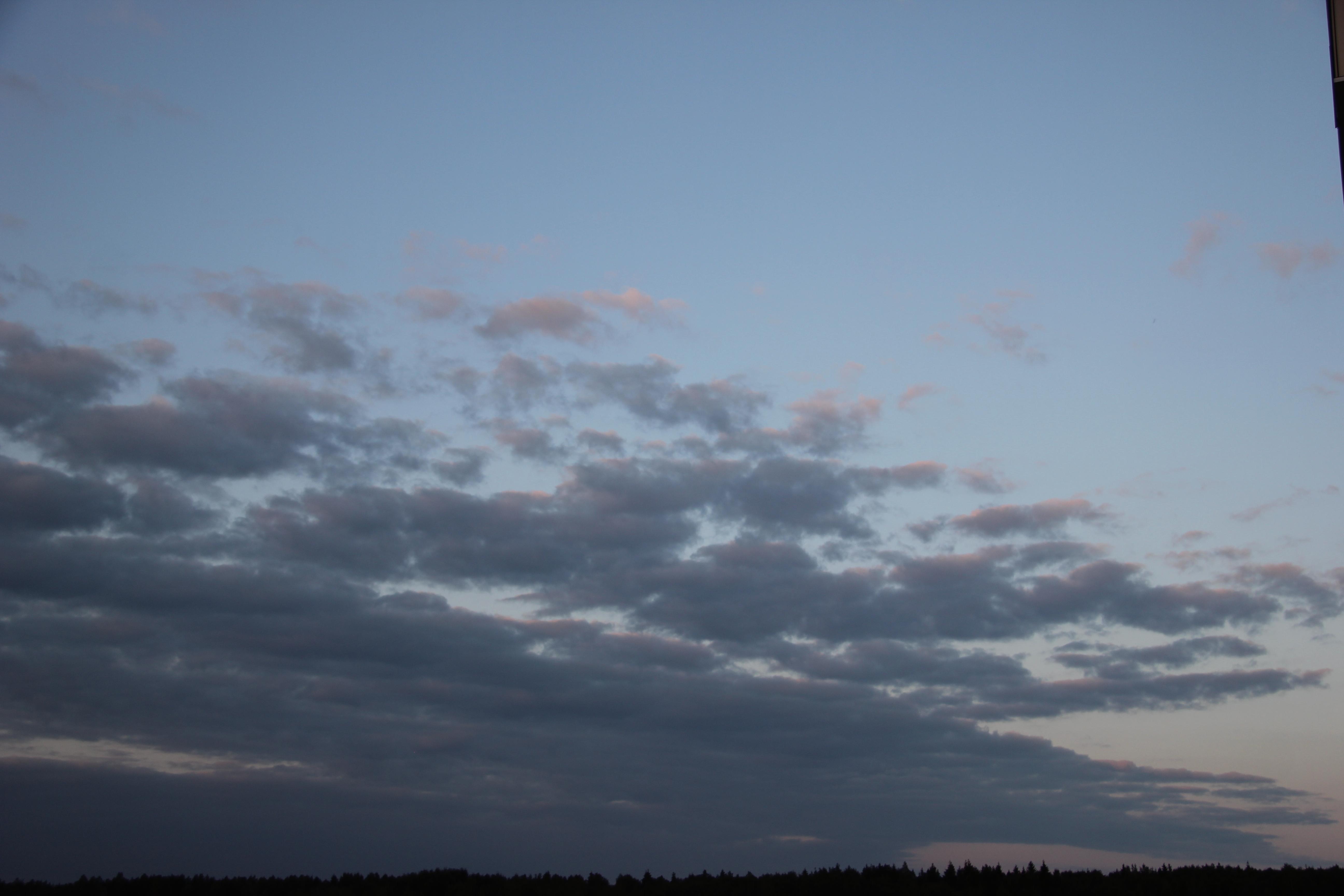 вечернее небо с облаками